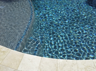 Tanning Ledge with Tile (1)